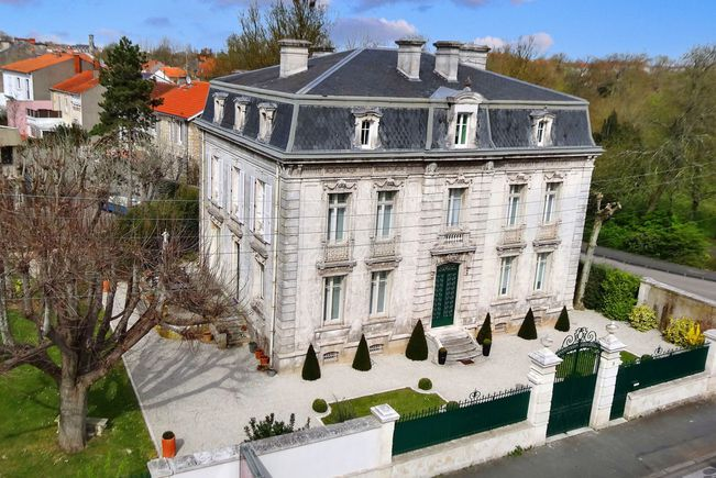 Hôtel particulier, La Rochelle