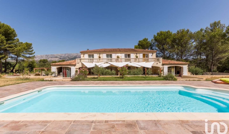Maison avec piscine et terrasse Rousset