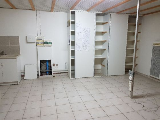 Vente divers 3 pièces 400 m2