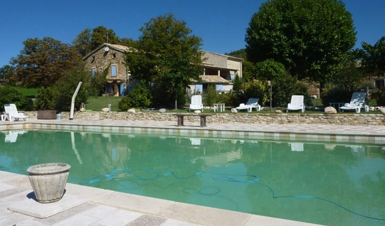 Maison avec piscine Saint-Etienne-les-Orgues