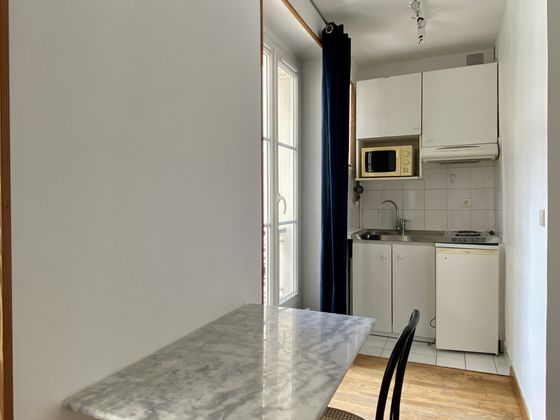 Location studio 24,72 m2