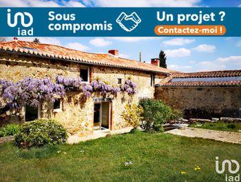 maison à La Flocellière (85)