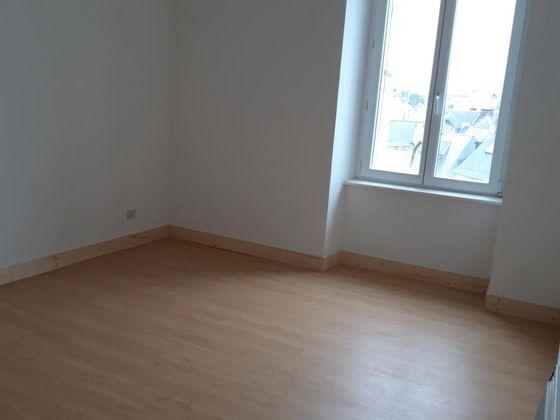 Vente divers 90 m2