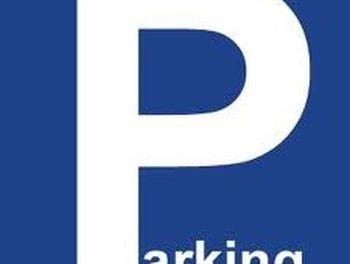 parking à Mougins (06)