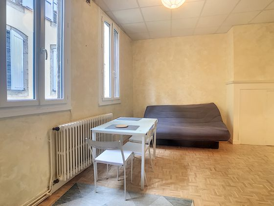 Location studio meublé 29,5 m2