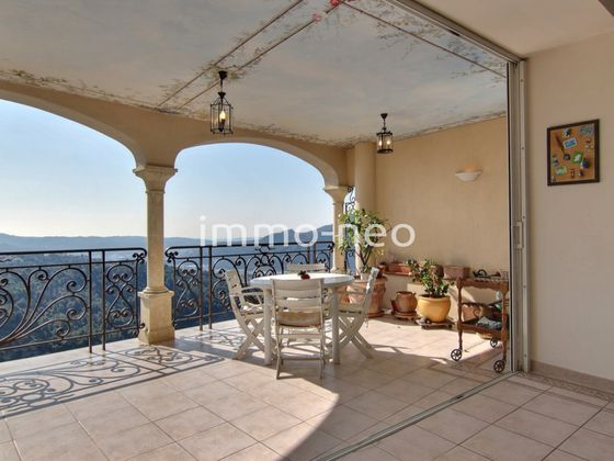 Vente villa 10 pièces 323 m2