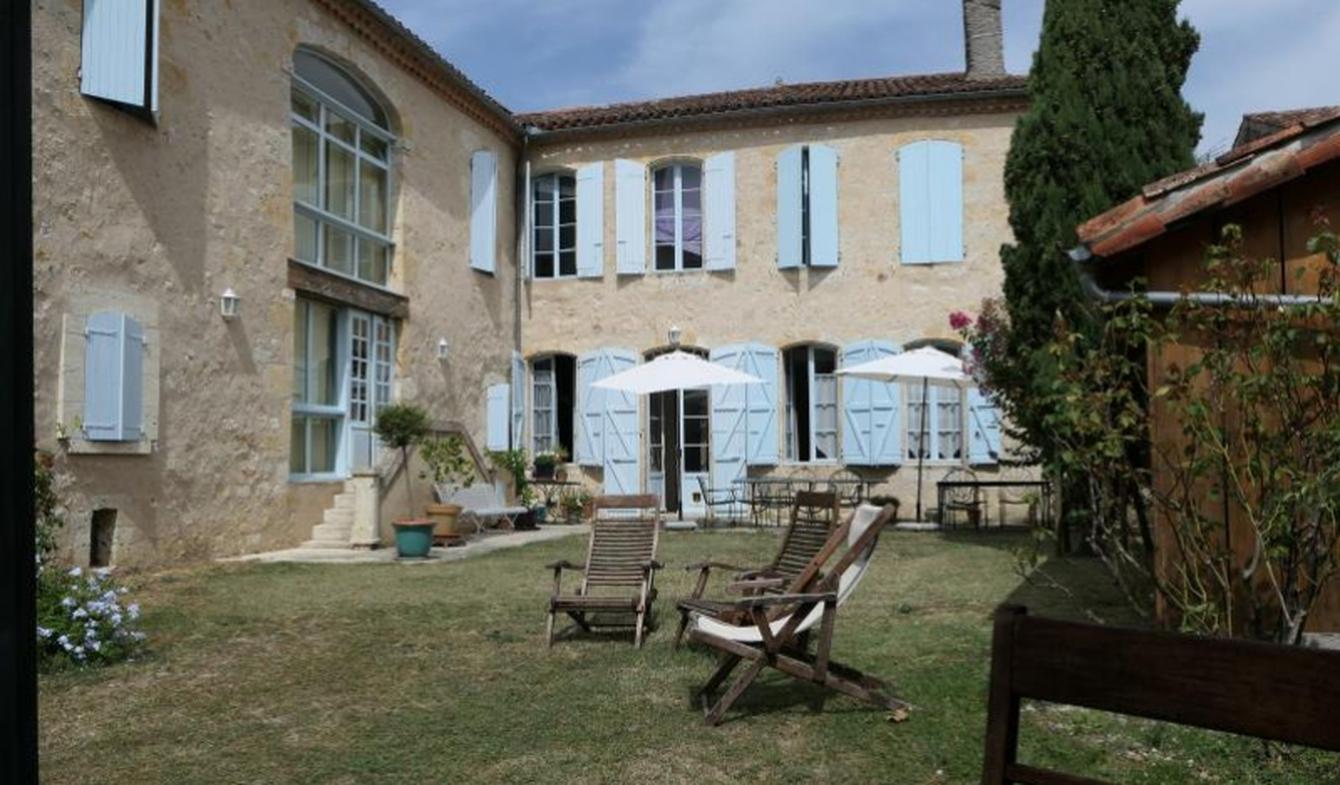 Maison avec piscine et terrasse Mas-d'Auvignon