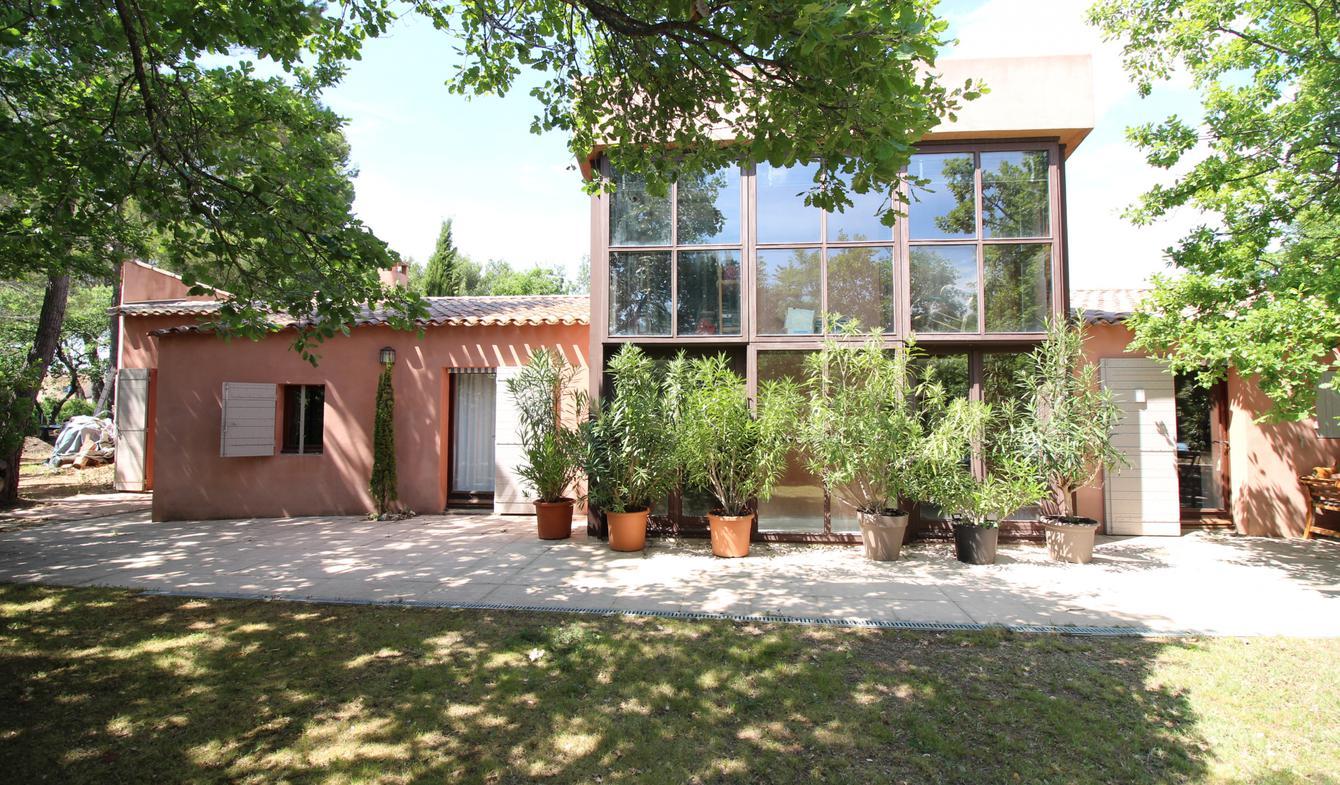 House with pool Saint-Saturnin-lès-Apt