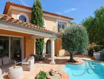 Villa 6 pièces 209 m2
