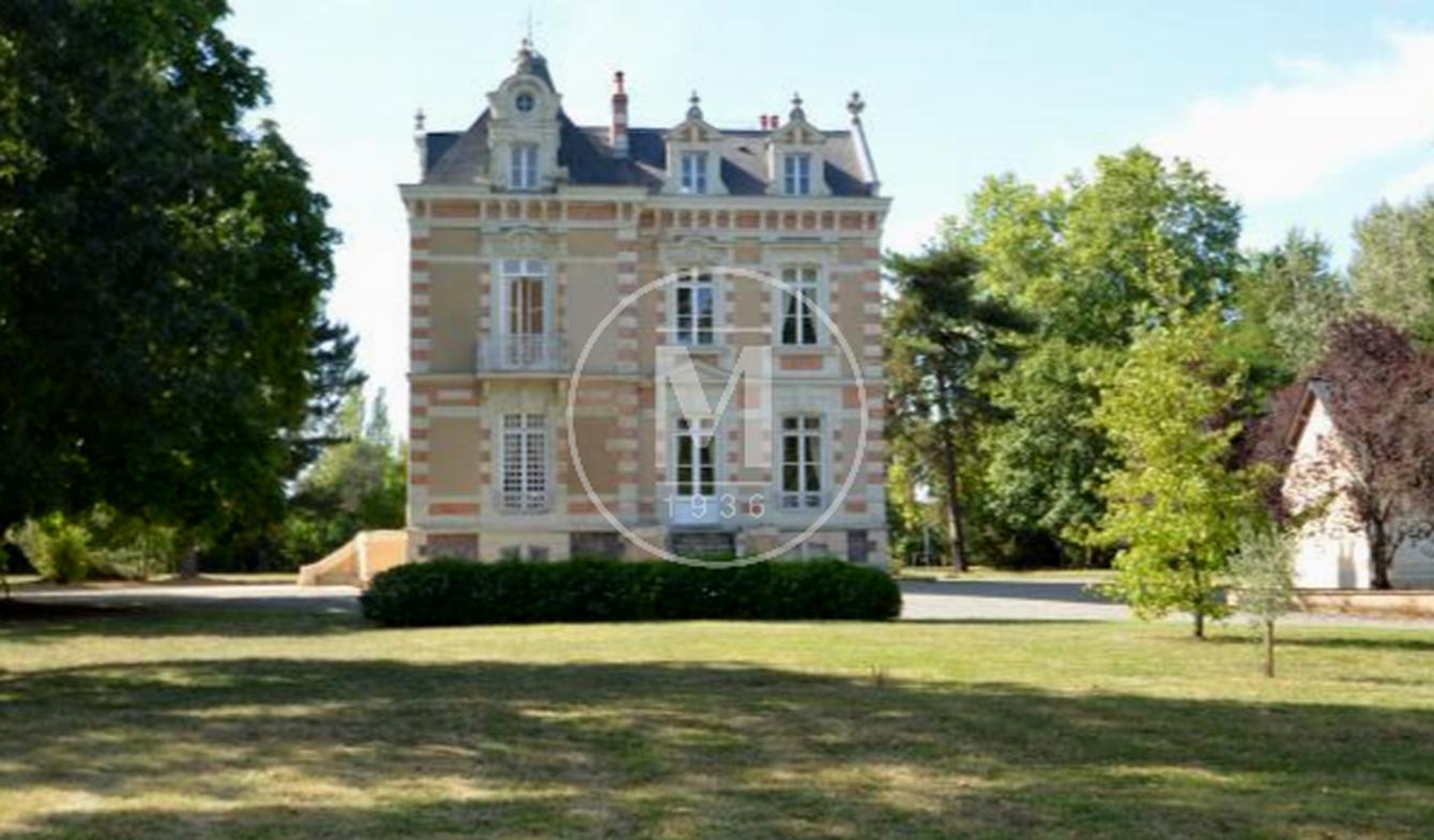Château Sable-sur-sarthe