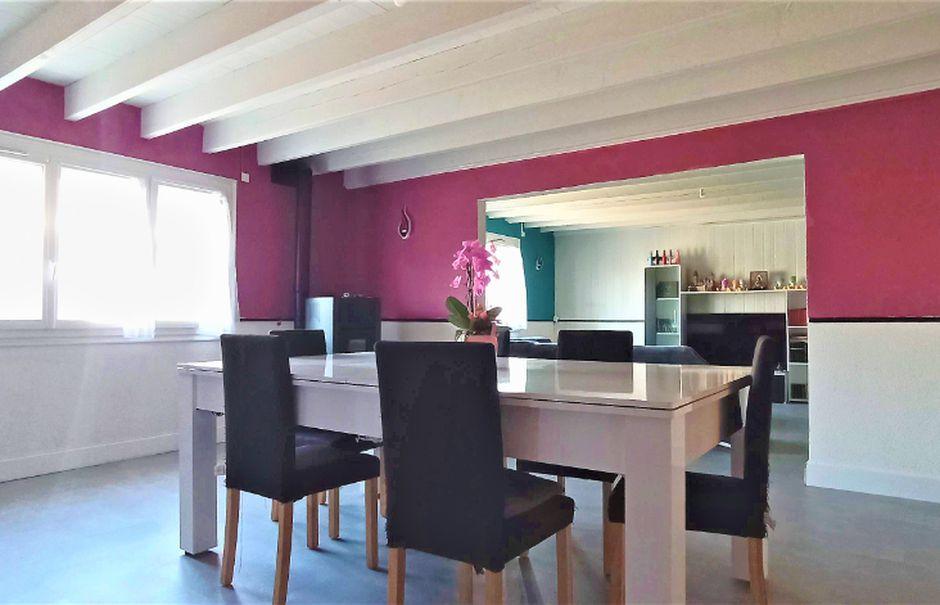 Vente maison 5 pièces 130 m² à Mareuil-sur-Lay-Dissais (85320), 149 000 €