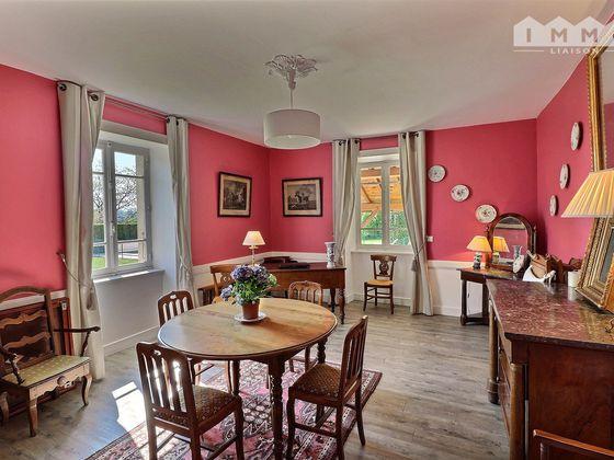 Vente propriété 11 pièces 276 m2