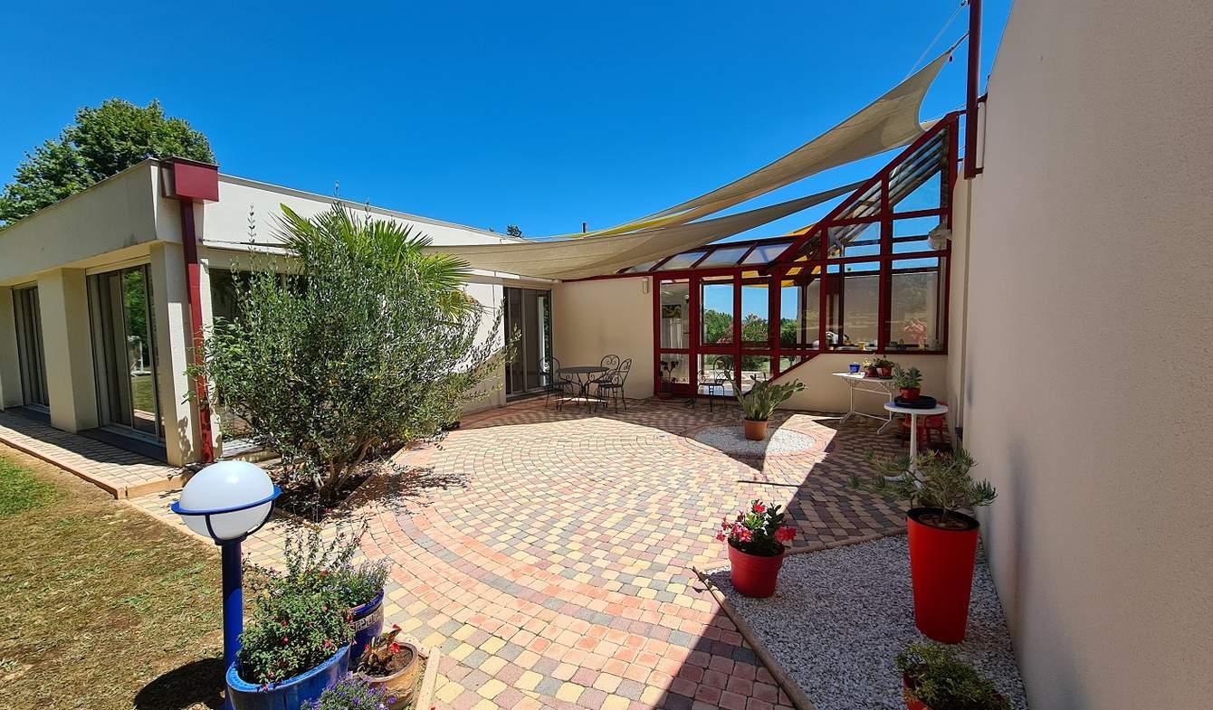 Villa avec piscine Fleurance