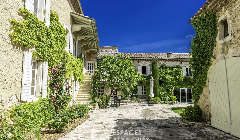 House with pool Marsanne
