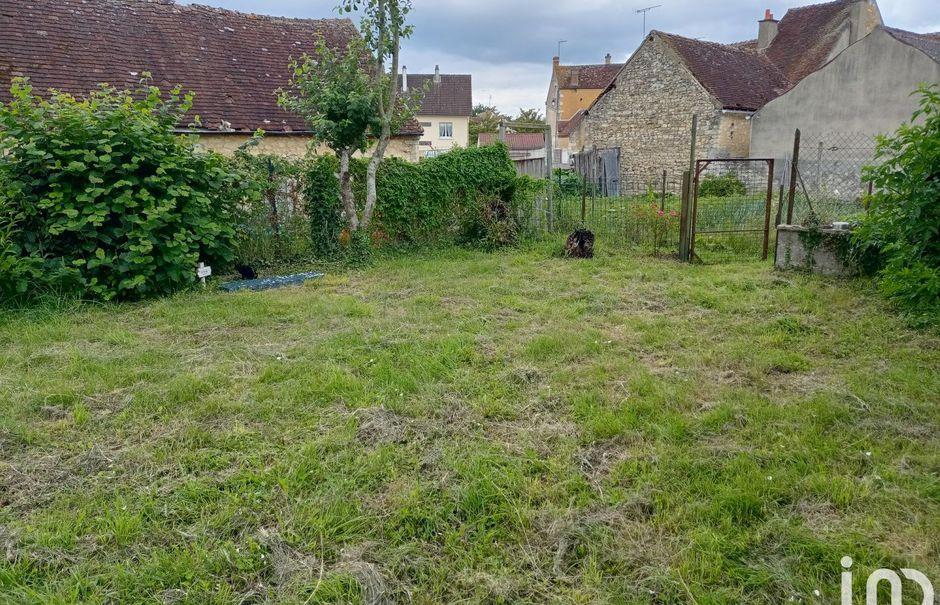 Vente maison 4 pièces 75 m² à Berd'huis (61340), 65 000 €