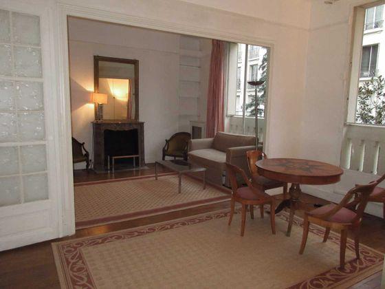 Location appartement meublé 3 pièces 71 m2