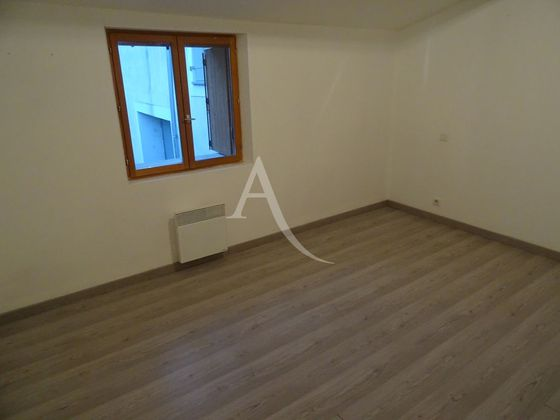 Location maison 3 pièces 63 m2