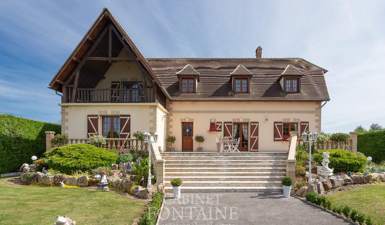 Maison avec terrasse Crèvecoeur-le-Grand