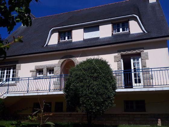 Vente maison 8 pièces 197,75 m2
