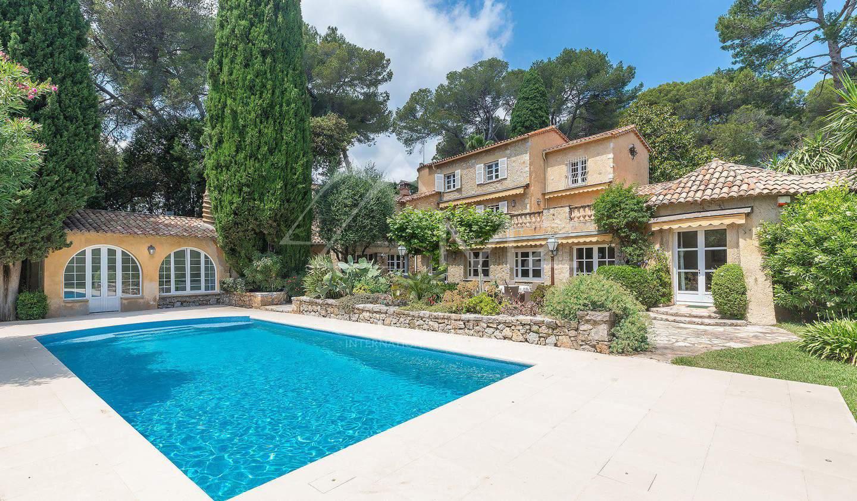Villa avec piscine et terrasse Antibes