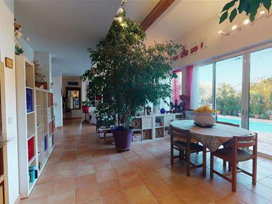 Vente villa 6 pièces 183 m2
