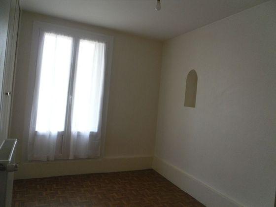 Location maison 2 pièces 60 m2