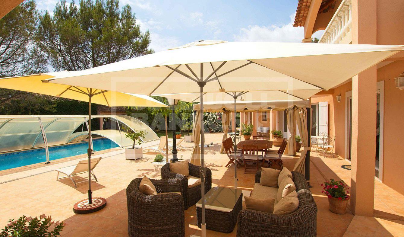 Vente Villa de Luxe Pierrefeu-du-Var | 845 000 € | 179 m²