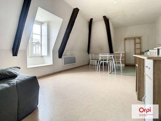 Location studio 23,21 m2