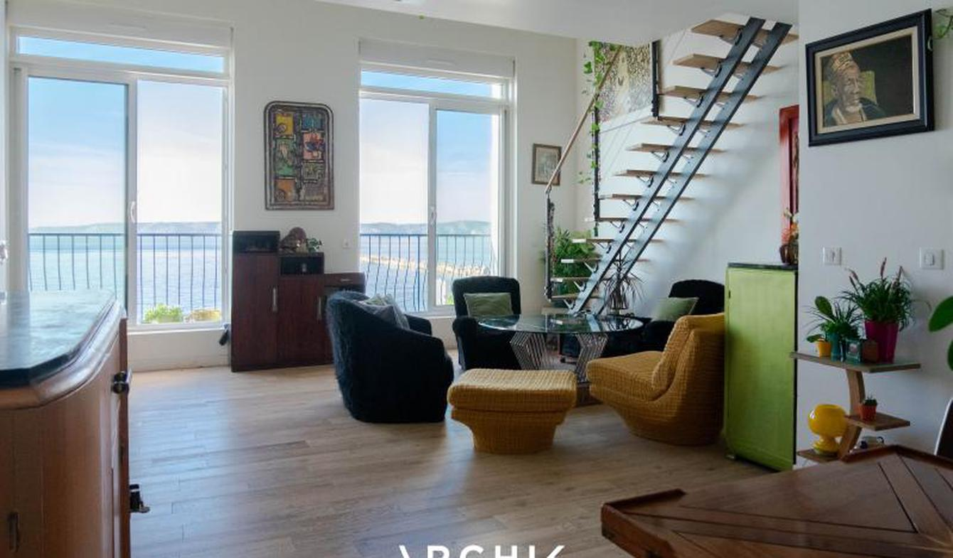 Appartement avec terrasse en bord de mer Marseille 7ème