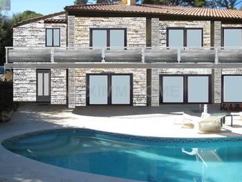 Villa 7 pièces 283 m2