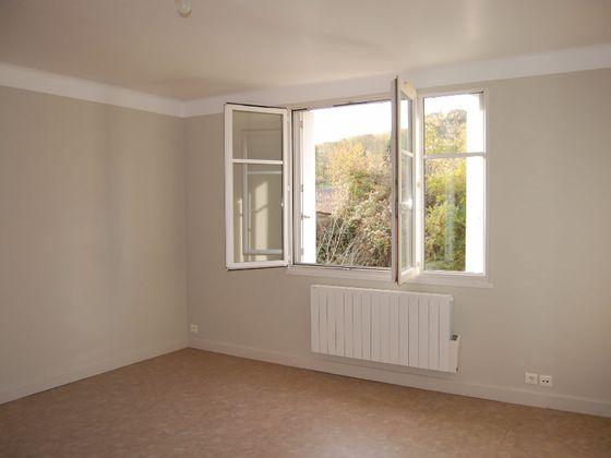 Location appartement 3 pièces 59,84 m2