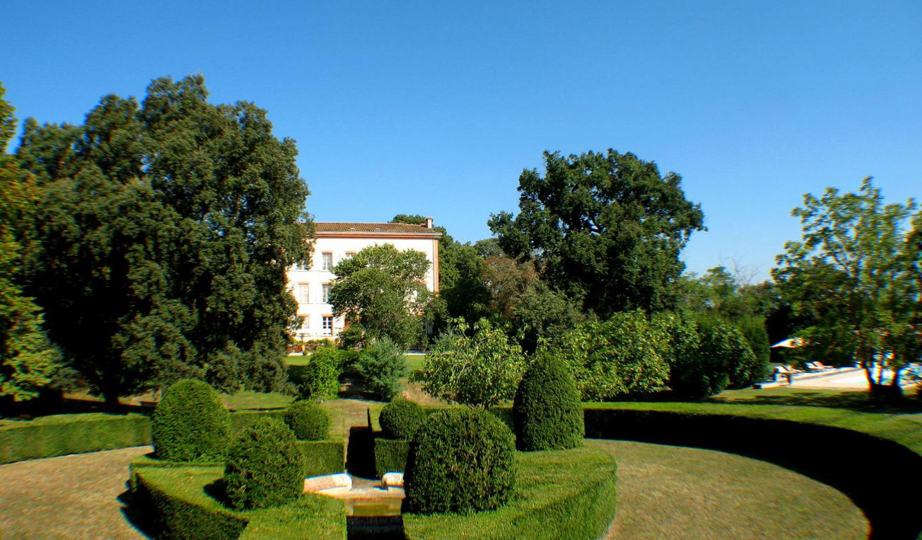 Property with pool Montaut