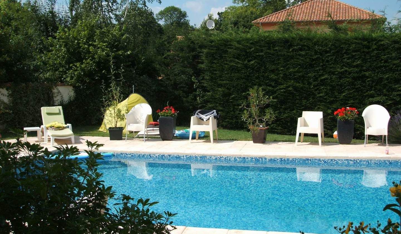 Maison avec piscine et jardin Bellerive-sur-Allier