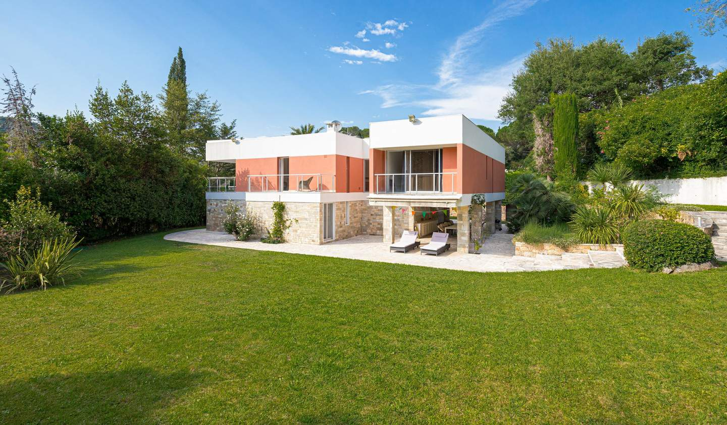 Villa with pool and terrace Biot