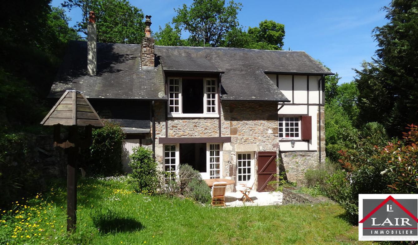 Maison avec terrasse Saint-Léonard-des-Bois