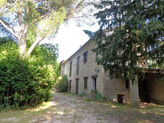 Vente maison 6 pièces 235 m2