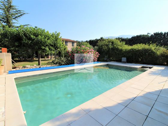Vente villa 10 pièces 210 m2