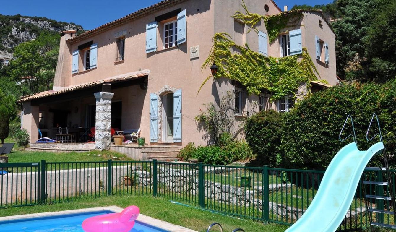 Villa avec piscine et jardin La Turbie