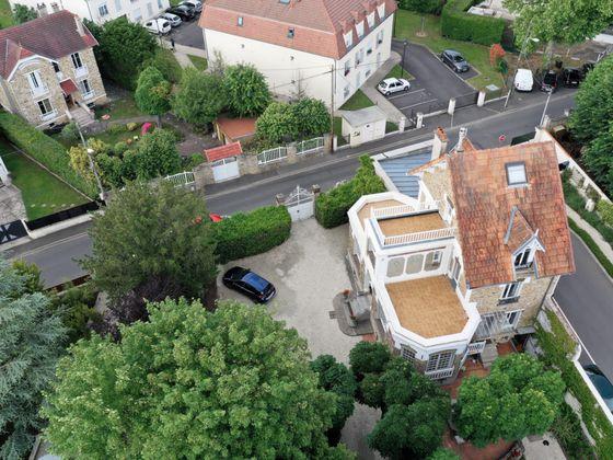 Vente maison 9 pièces 235 m2