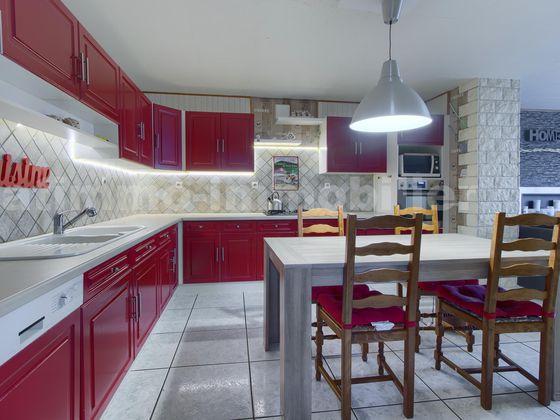 vente Maison 5 pièces 110 m2 Saint-Avold