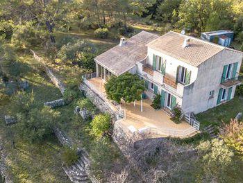 villa à Cuers (83)