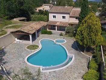 Villa 8 pièces 154 m2