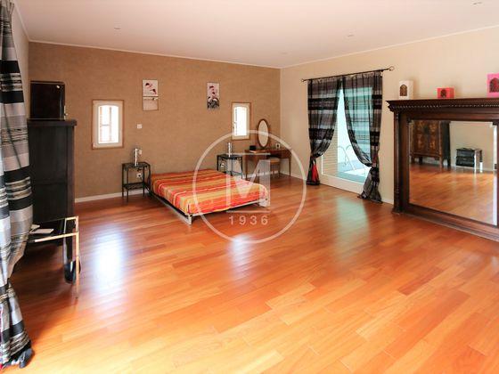 Vente maison 8 pièces 460 m2