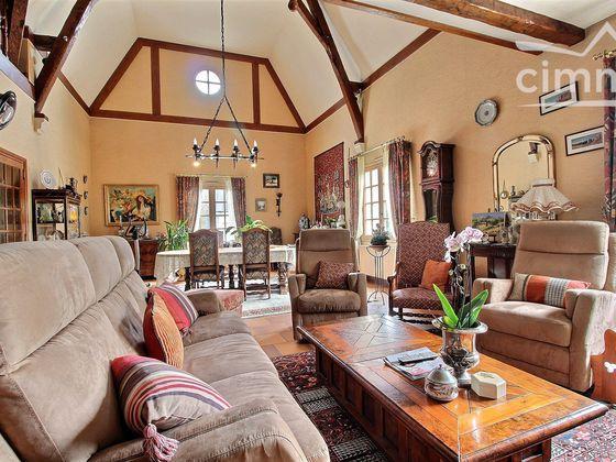 Vente maison 6 pièces 261 m2