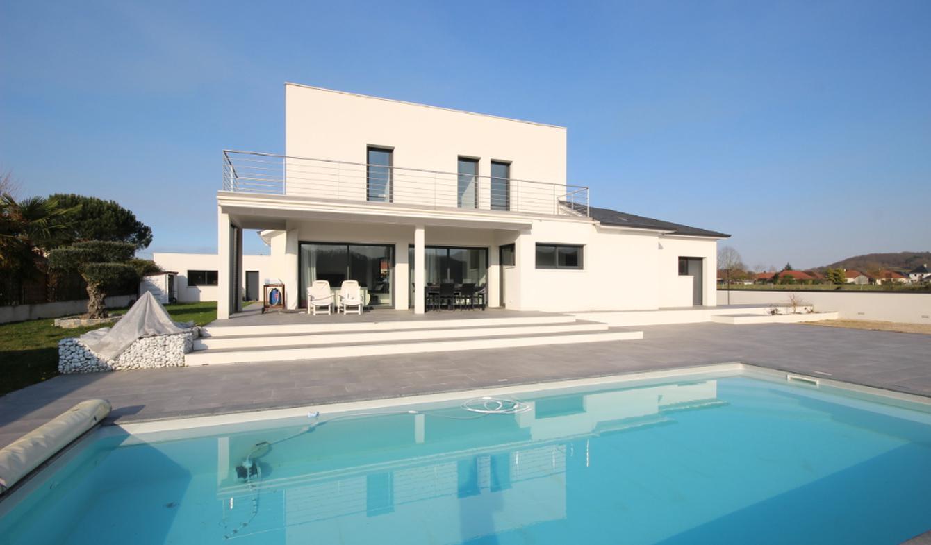 Maison avec piscine Abos