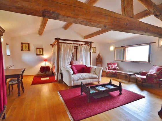 Vente maison 20 pièces 556 m2