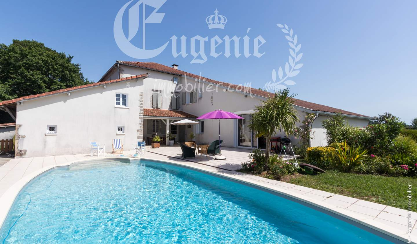 Property with pool and garden Dax