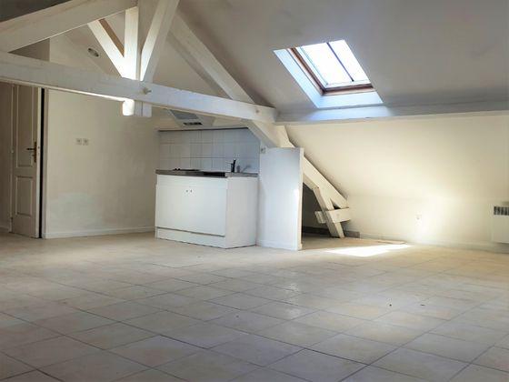 Location studio 30,67 m2