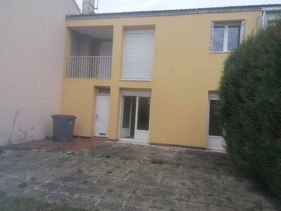 Location maison 4 pièces 77,86 m2