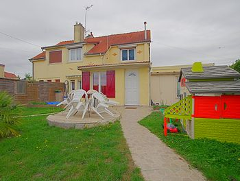 maison à Roye (80)